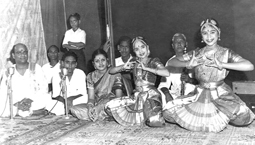 SPECIAL FEATURE - Singing for dance – and for Tamil by GOWRI RAMNARAYAN