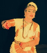 SPECIAL FEATURE <br/> Kalamandalam Sathyabhama:  The mother of Mohini Attam <br/> K.K. GOPALAKRISHNAN